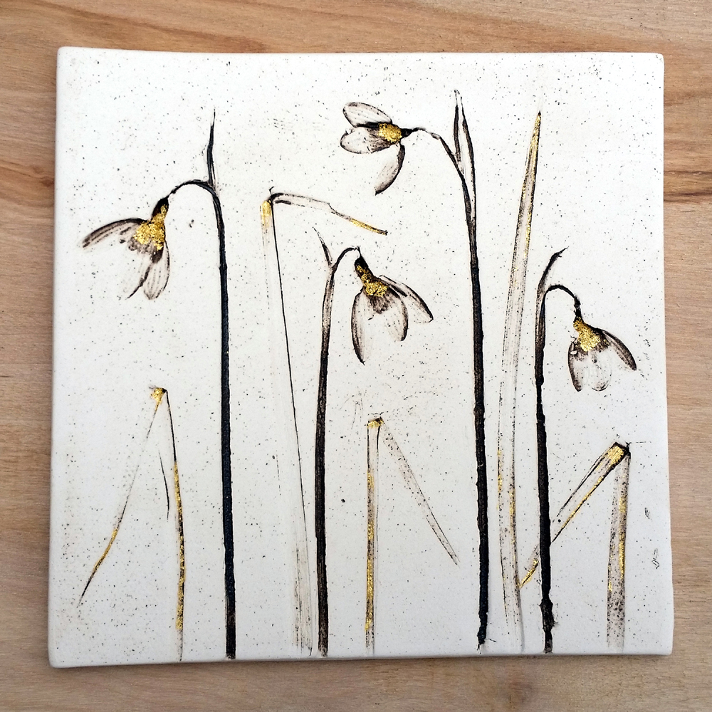15cm Snowdrop Tile With 24ct Gold Leaf
