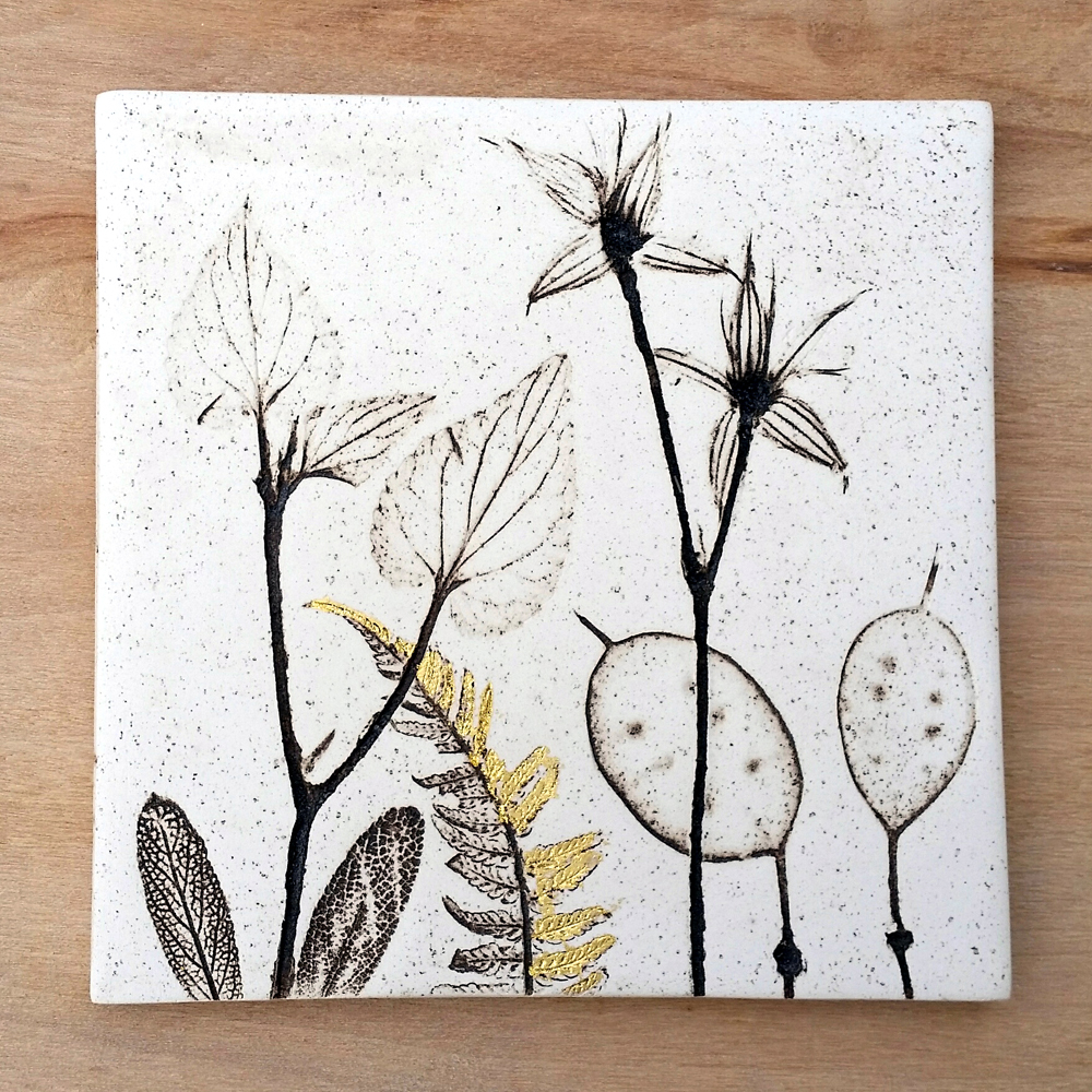 10cm Flora and Fauna Tile With 24ct Gold Leaf