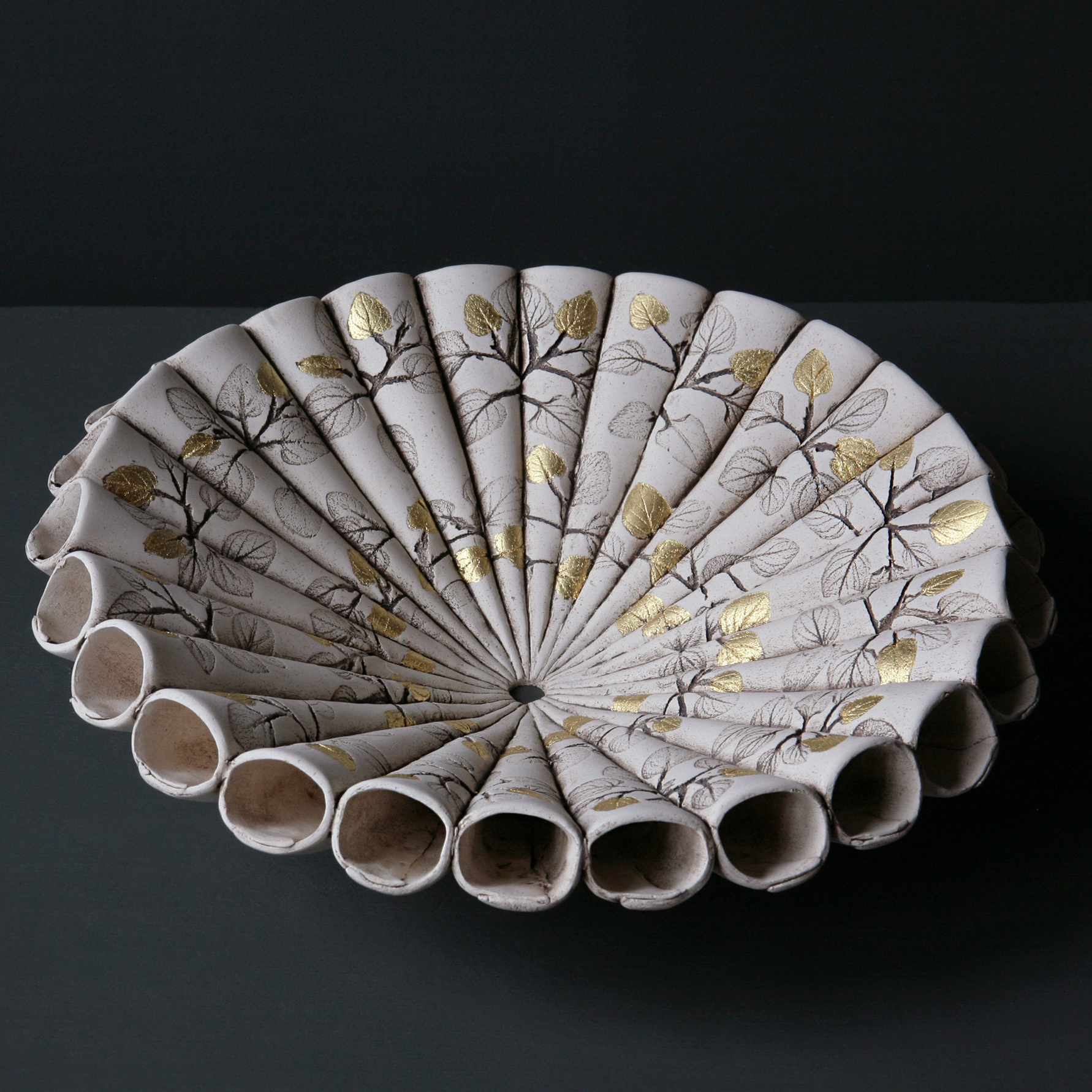 Medium Leaf Cone Bowl with 24ct Gold Leaf Detail